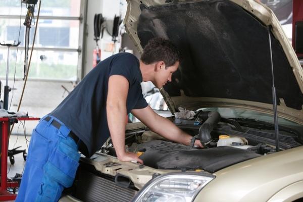 Должностная инструкция механика гаража - права и обязанности
