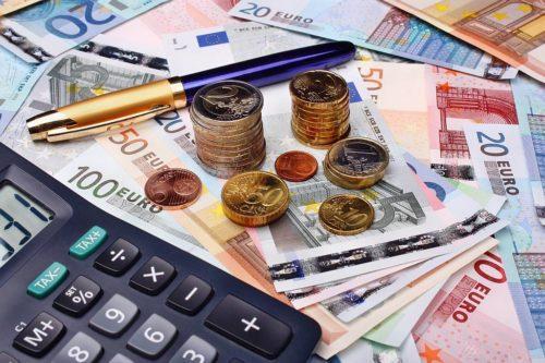 Средняя зарплата в России, США и других странах