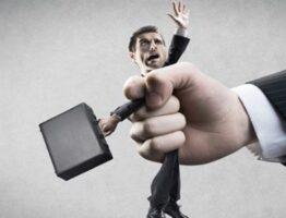 Что делать и как себя правильно вести, если угрожают коллекторы