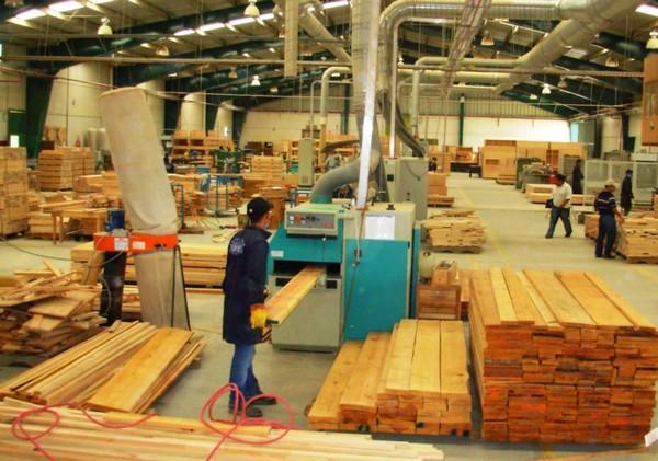 Изготовление мебели на производстве