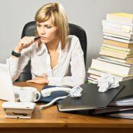 Работа бухгалтера за работой