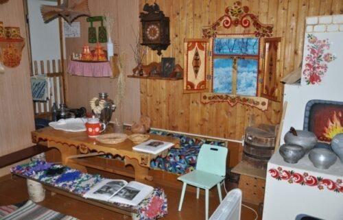 Музей усадьба с предметами старины